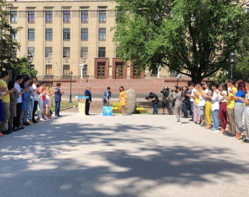 Елбасы заложил капсулу времени в Алматы, фото-2