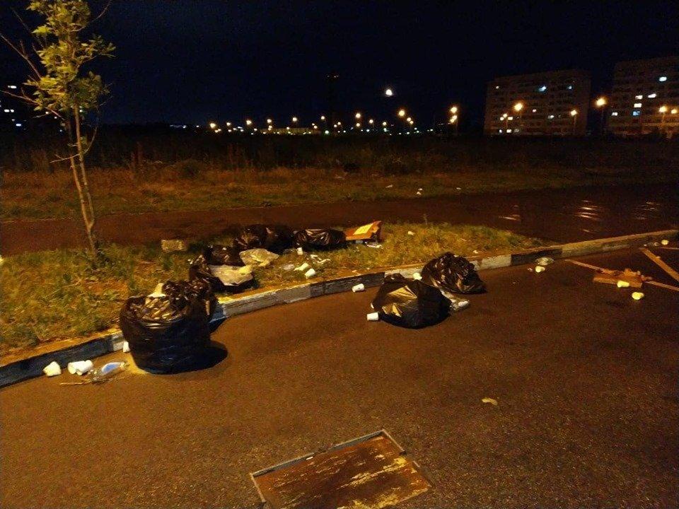 Горы стаканчиков и мусор остались после Летнего забега «Алматы марафон», фото-2