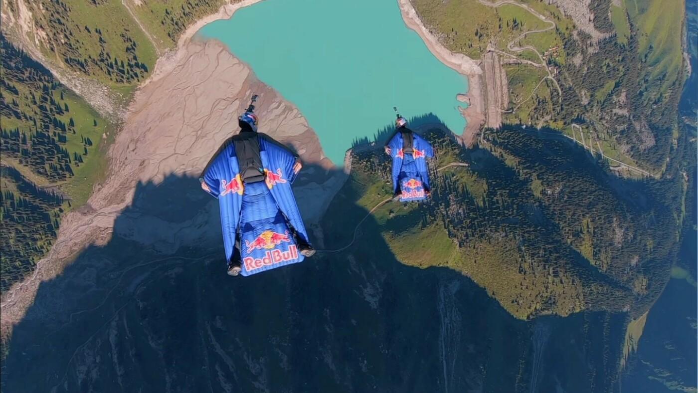 Скайдайверы облетели Большое Алматинское озеро и Кок-Тобе (ФОТО), фото-8