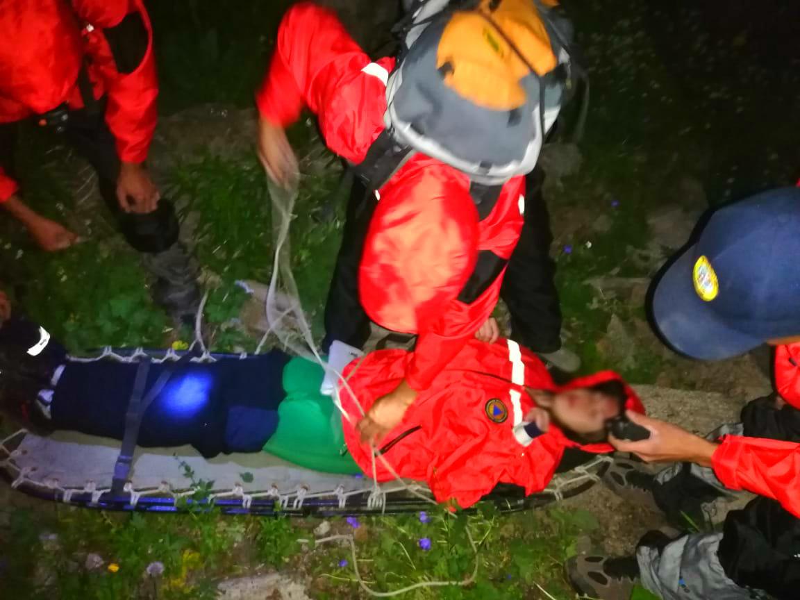 Спасатели эвакуировали пострадавшую в горах Алматы туристку, фото-2