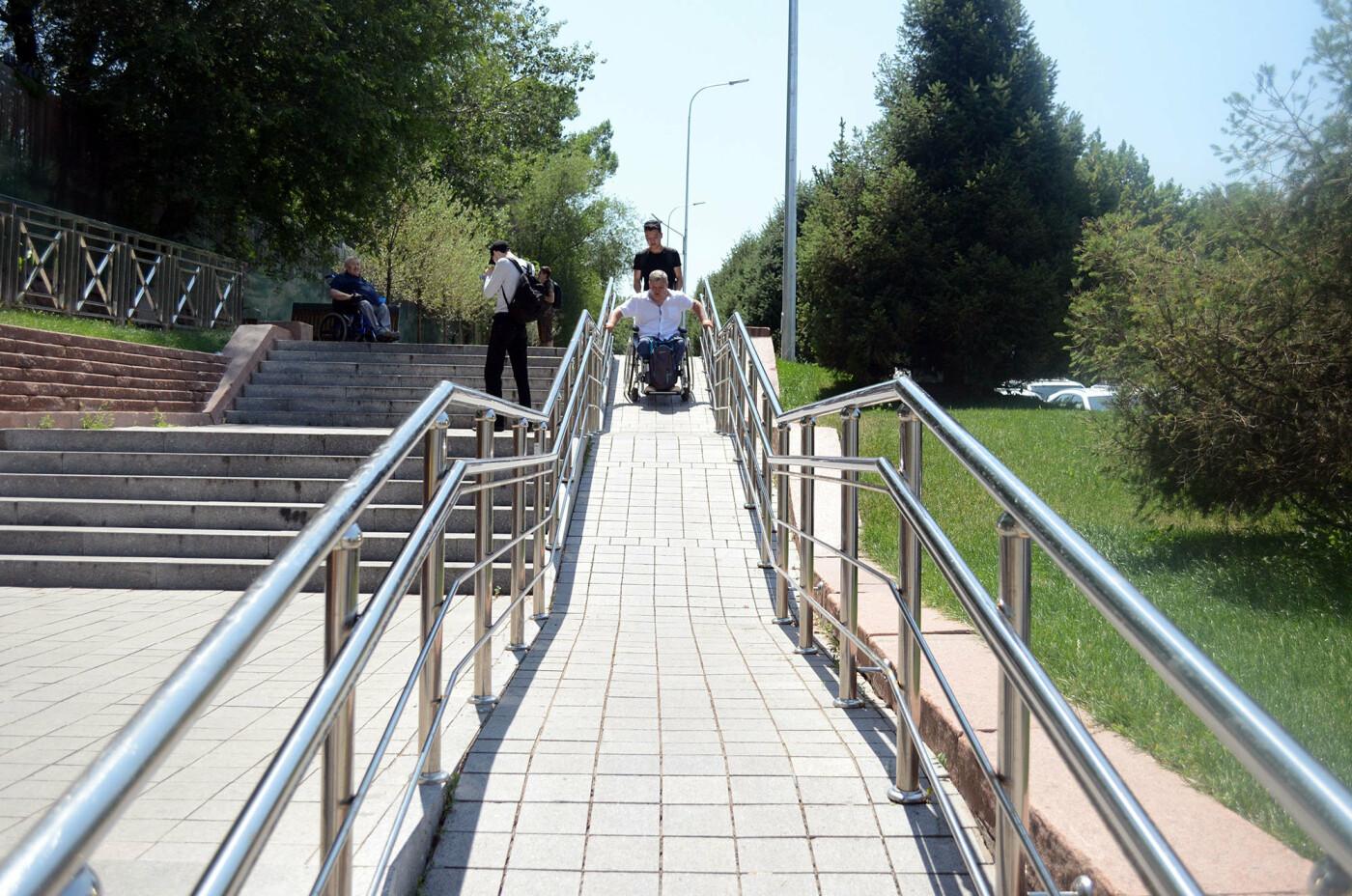 Улицы Алматы враждебны к инвалидам - оценка мониторинга Общественного совета, фото-1