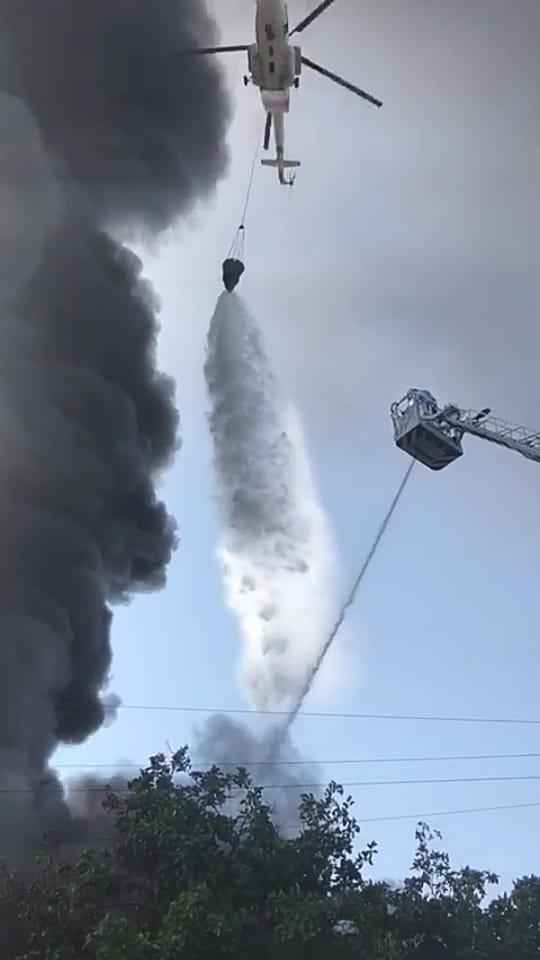 Складское помещение горит в Алматы (видео), фото-2