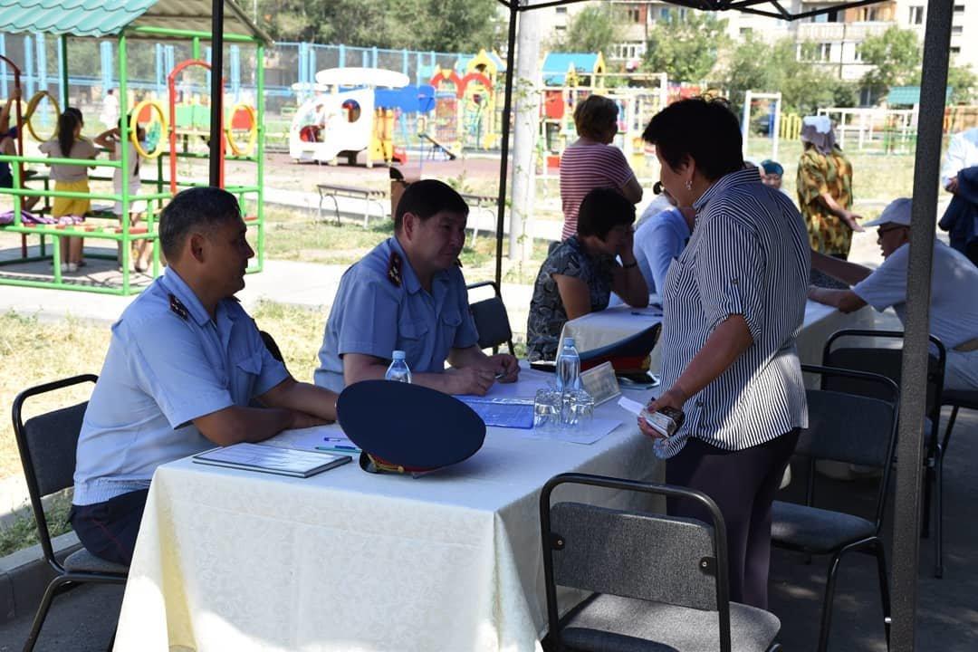 Руководитель полиции Алматинской области пообщался с жителями Талдыкоргана, фото-1