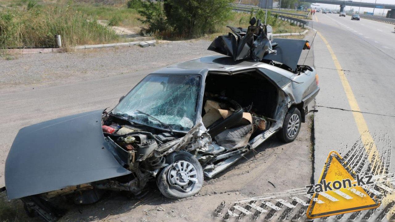 Два человека погибли в ДТП на трассе Алматы-Усть-Каменогорск, фото-1