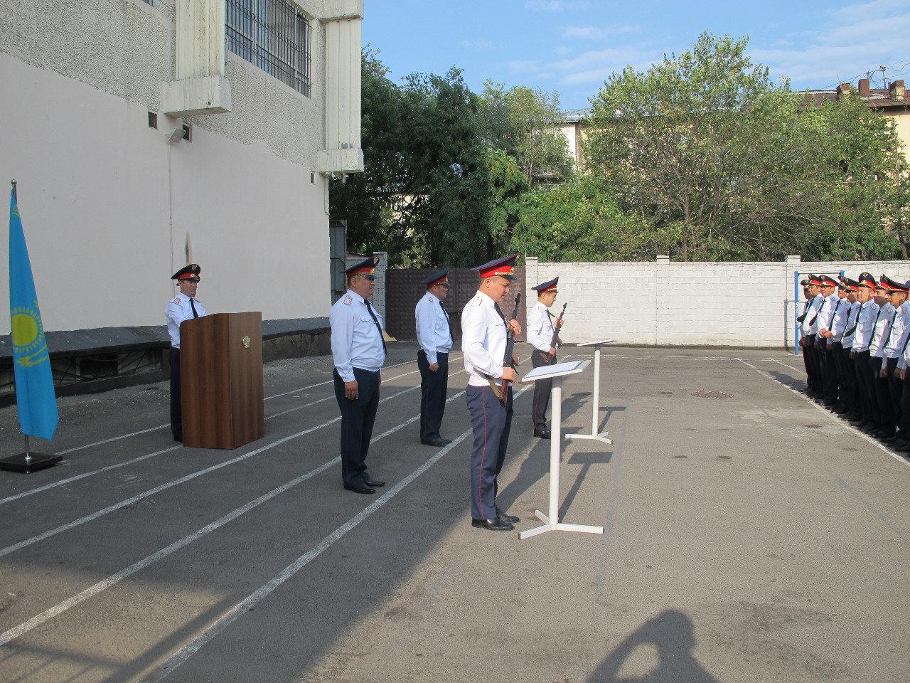 Молодые лейтенанты полиции дали присягу, фото-4
