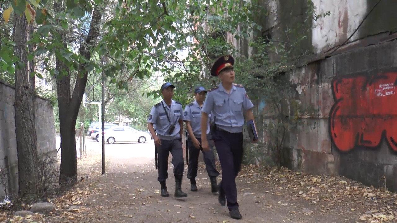 Преступность в Алматы сократилась из-за новых схем пешего патрулирования, фото-2, Фото пресс-служба ДП Алматы