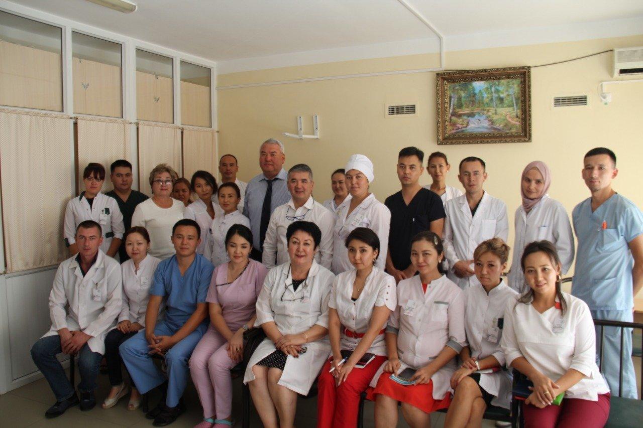 Сколько получают сельские врачи в Алматинской области, фото-1
