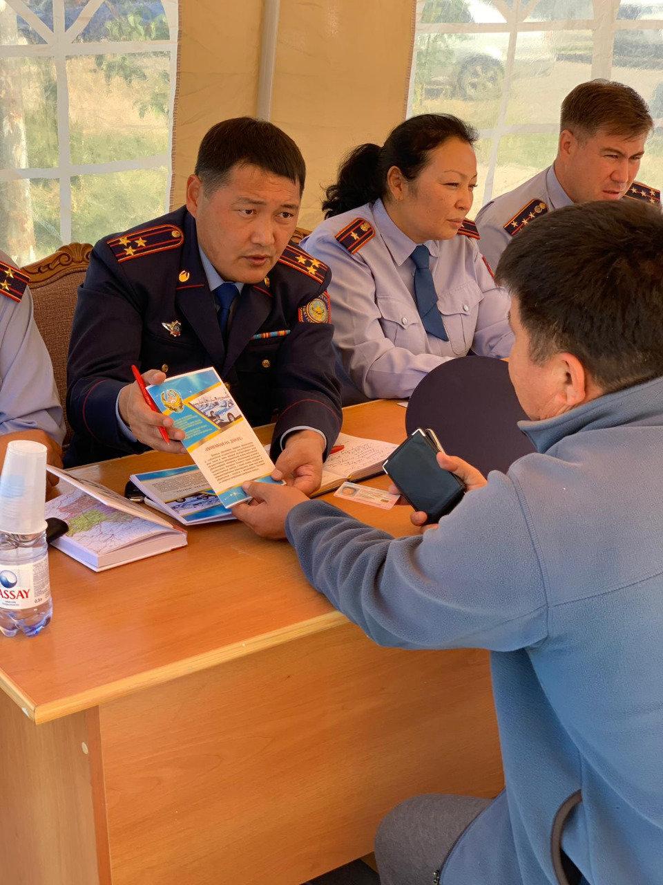 Жителей Алматинской области волнуют вопросы дорожной безопасности и сохранности имущества, фото-1