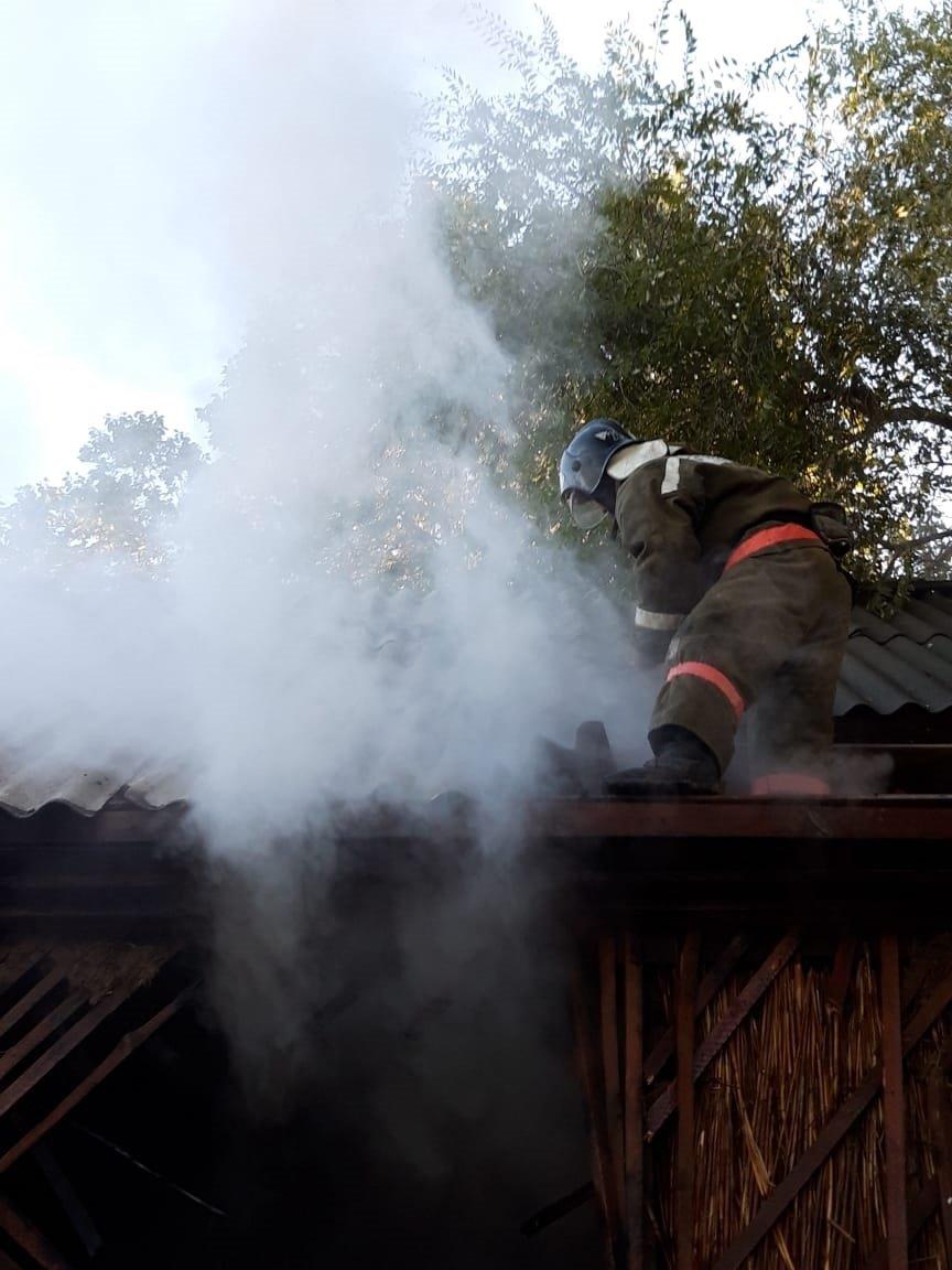 Пожар произошел в здании «Казпочты» в Алматинской области, фото-1, Фото пресс-служба КЧС МВД