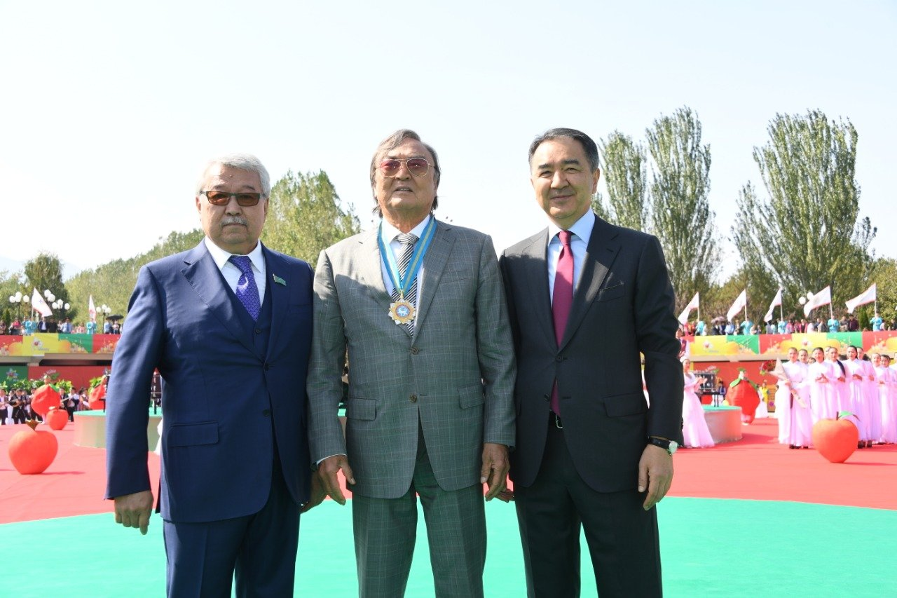 Бауыржан Байбек стал почетным жителем Алматы, фото-1, Фото пресс-соужбы акимата Алматы