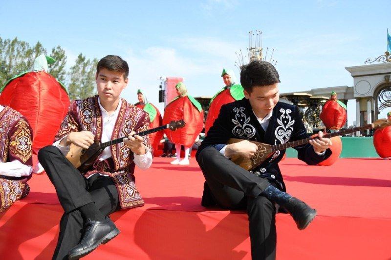 Фестивалем яблок «Alma Fest» отмечают День города в Алматы, фото-7, Фото пресс-служба акимата Алматы