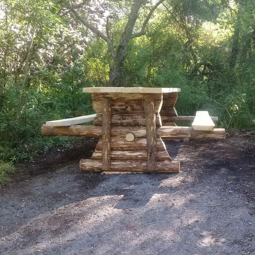 В Иле-Алатауском парке установили новые беседки и лавочки из экоматериалов, фото-2
