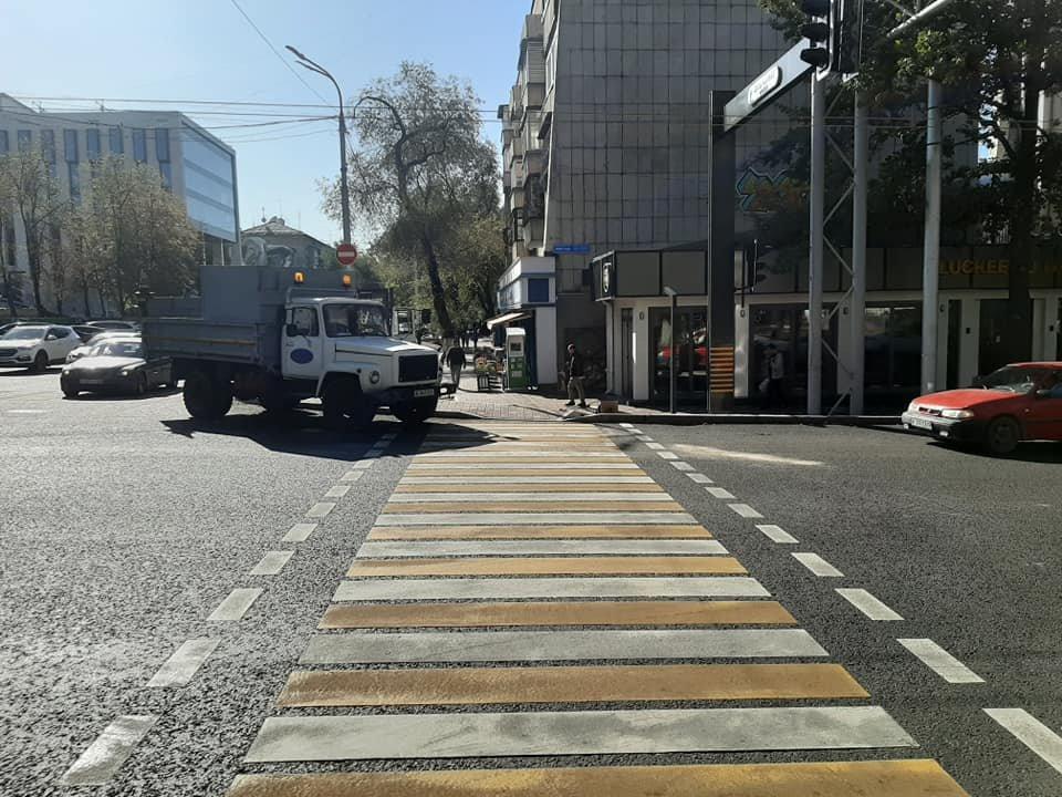 На двух центральных улицах Алматы установят новые светофоры (фото), фото-6