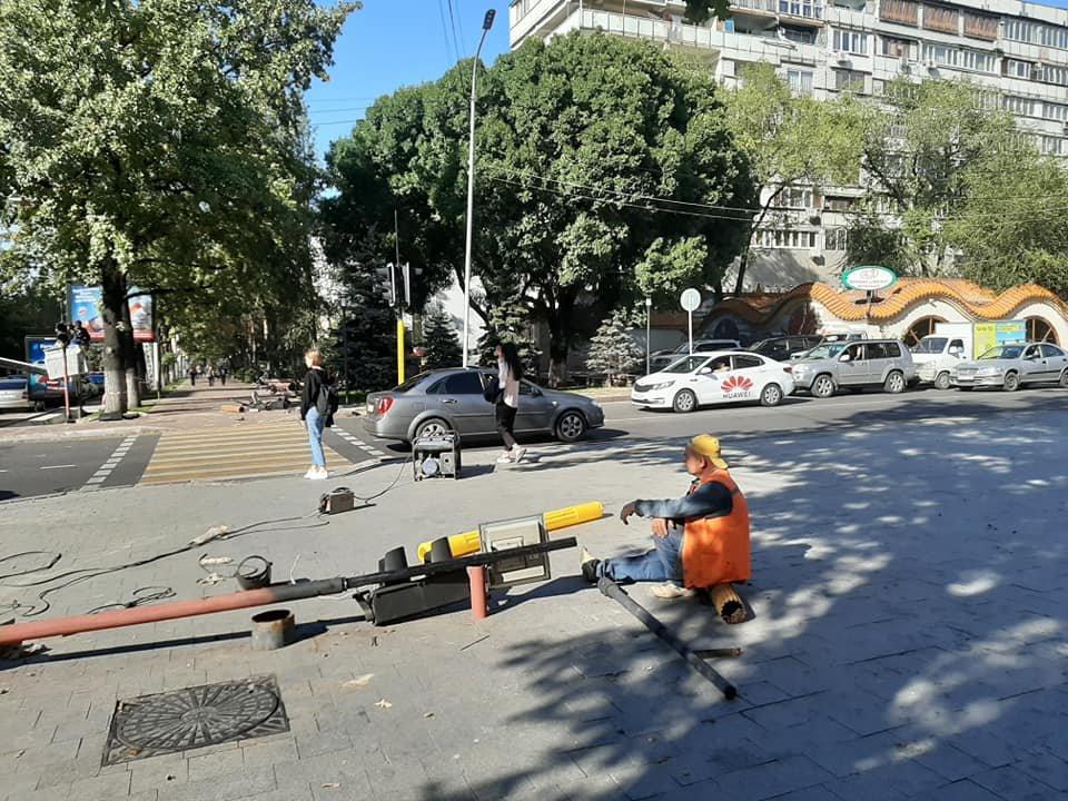На двух центральных улицах Алматы установят новые светофоры (фото), фото-4