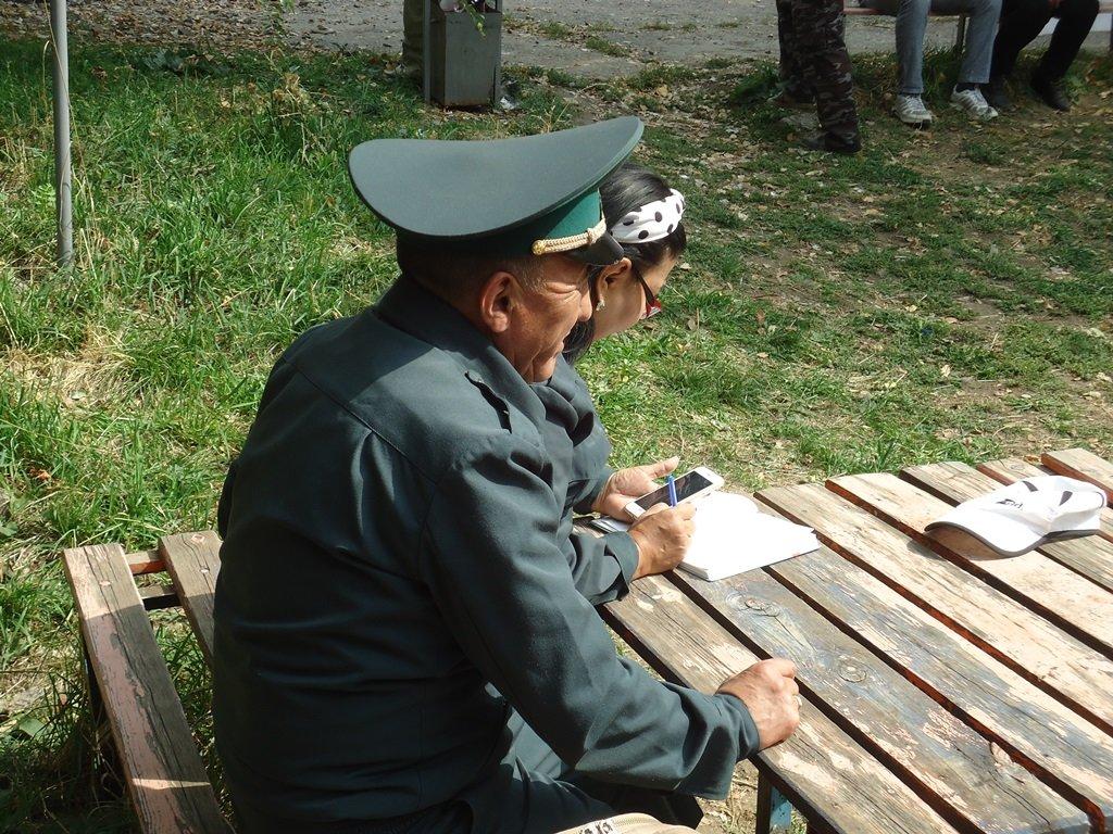 На верёвках через реку и гитара у костра: осенний слёт туристов прошел в Алматы (фото), фото-15