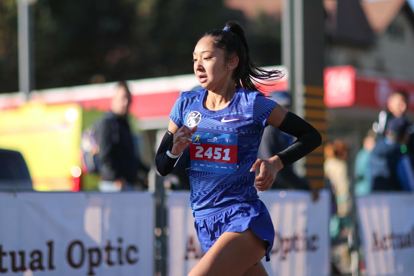 В Алматы состоялся полумарафон спортсменов-любителей (фото), фото-2