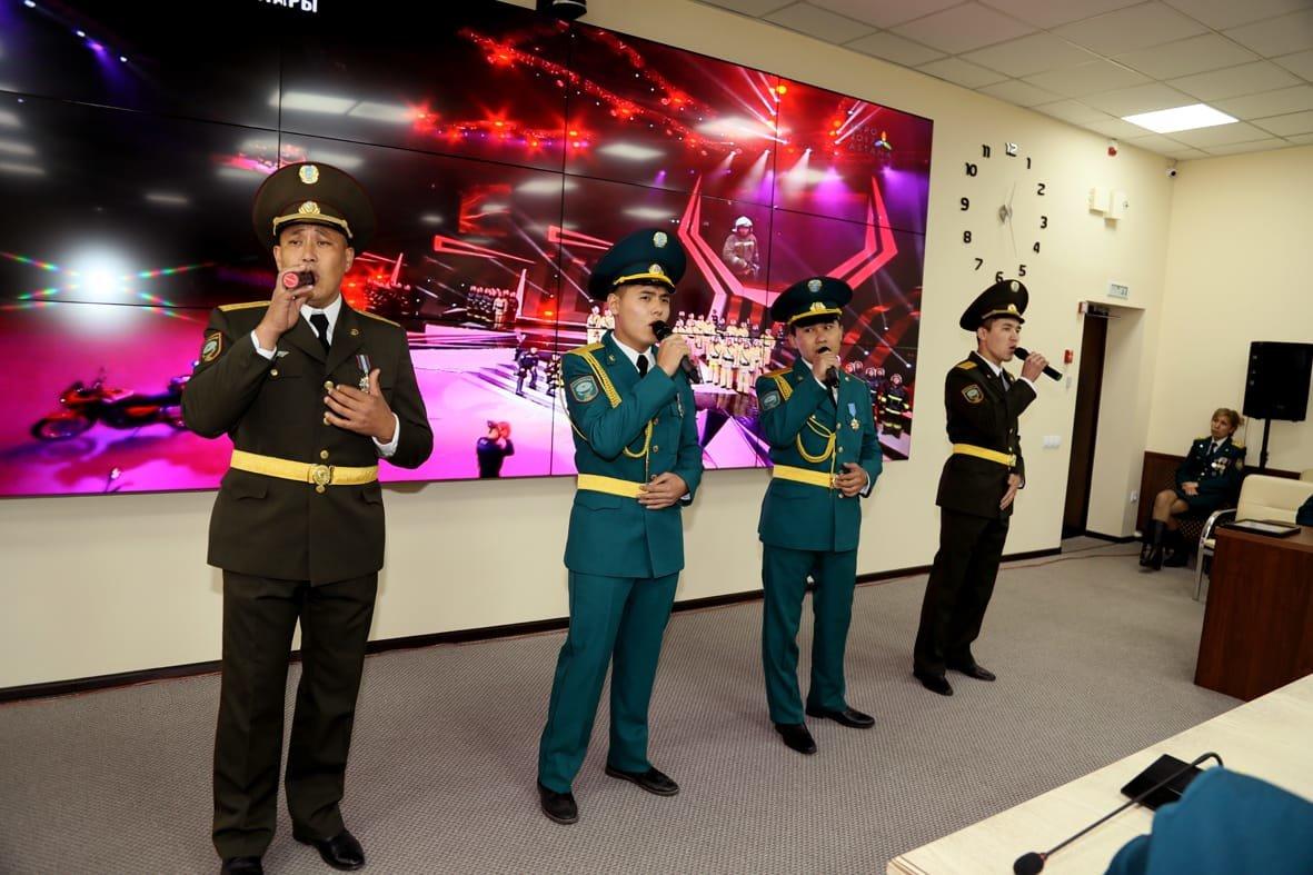 Смелость, опыт и отвага – в Алматы чествовали спасателей , фото-4