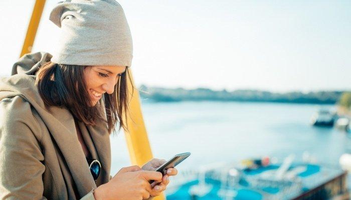 Как смеются в SMS на разных языках, фото-4