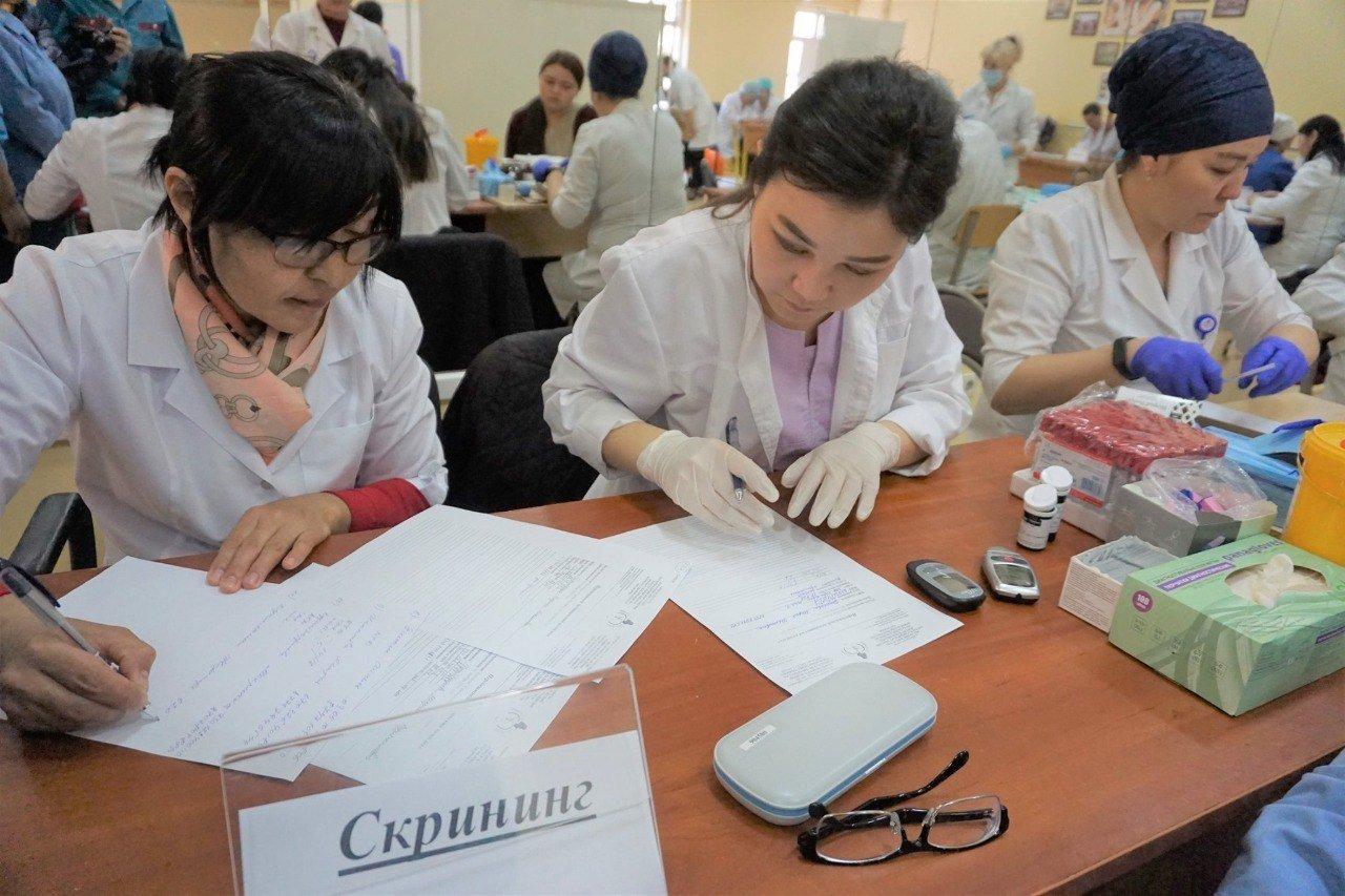 У половины жителей Алматы, осмотренных в ходе месячника здоровья, выявили заболевания, фото-3