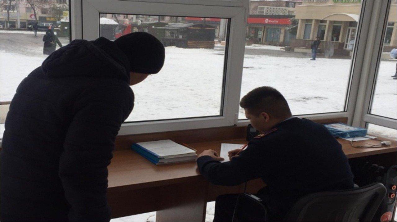 Алматинские полицейские переходят на усиленный режим службы (фото), фото-2