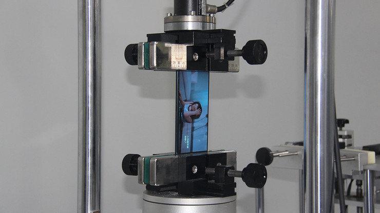 Падение с высоты и заморозка: как тестируют смартфоны на заводе, фото-3