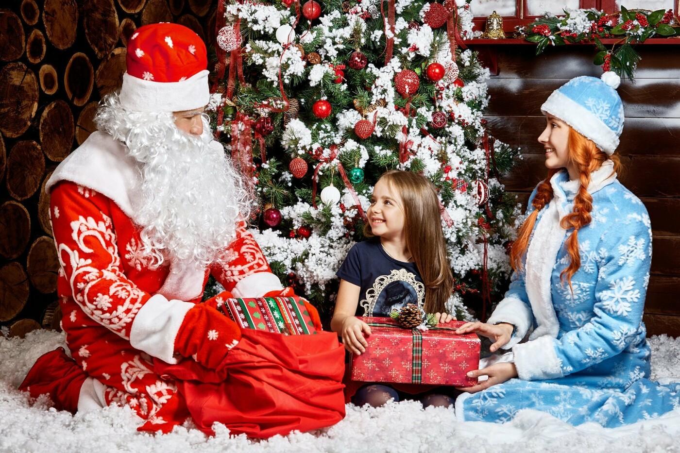 От 15 до 100 тысяч тенге: сколько стоит заказать Деда Мороза и Снегурочку в Алматы?, фото-1