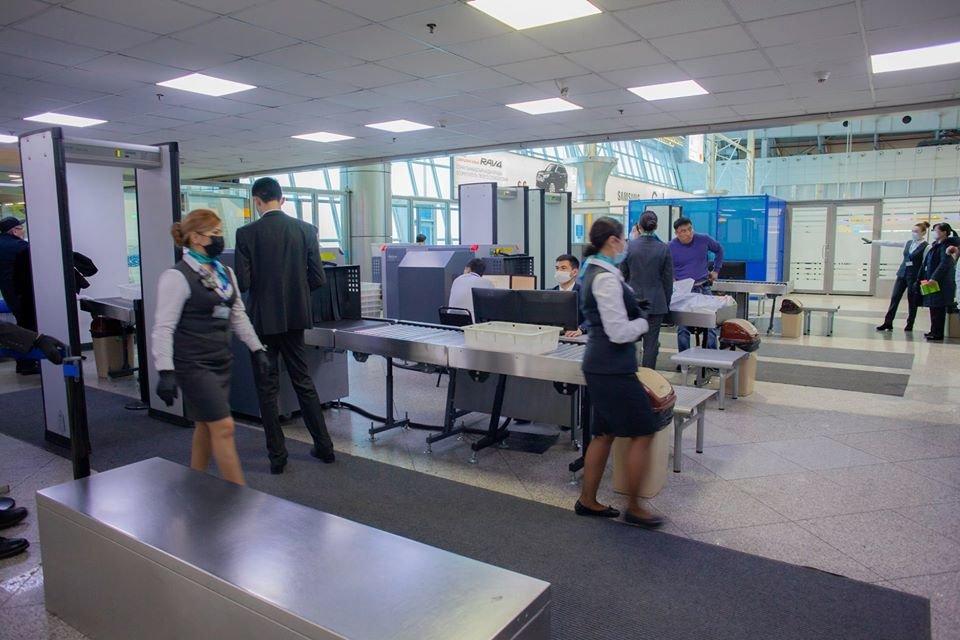 Количество коридоров досмотра увеличили в международном зале аэропорта Алматы, фото-4, Аэропорт Алматы/Facebook