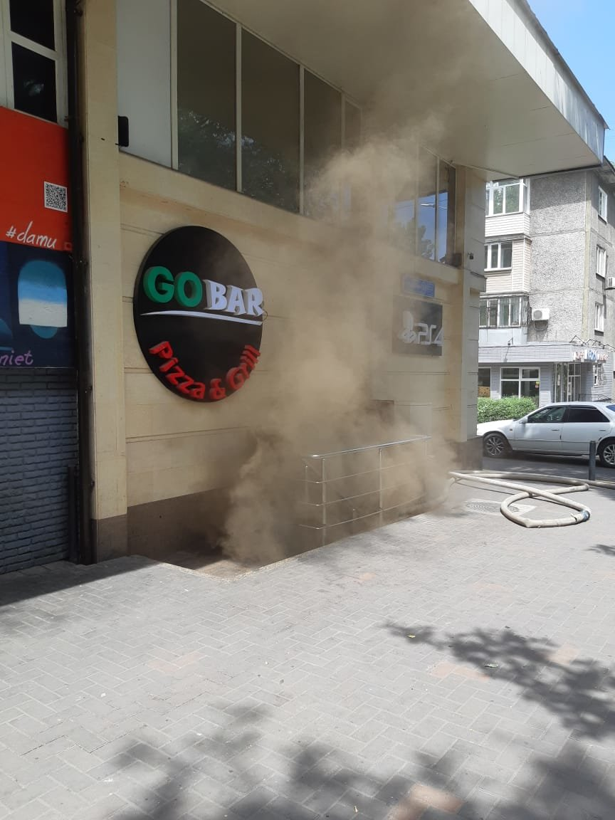 В алматинском кафе произошло возгорание, фото-1