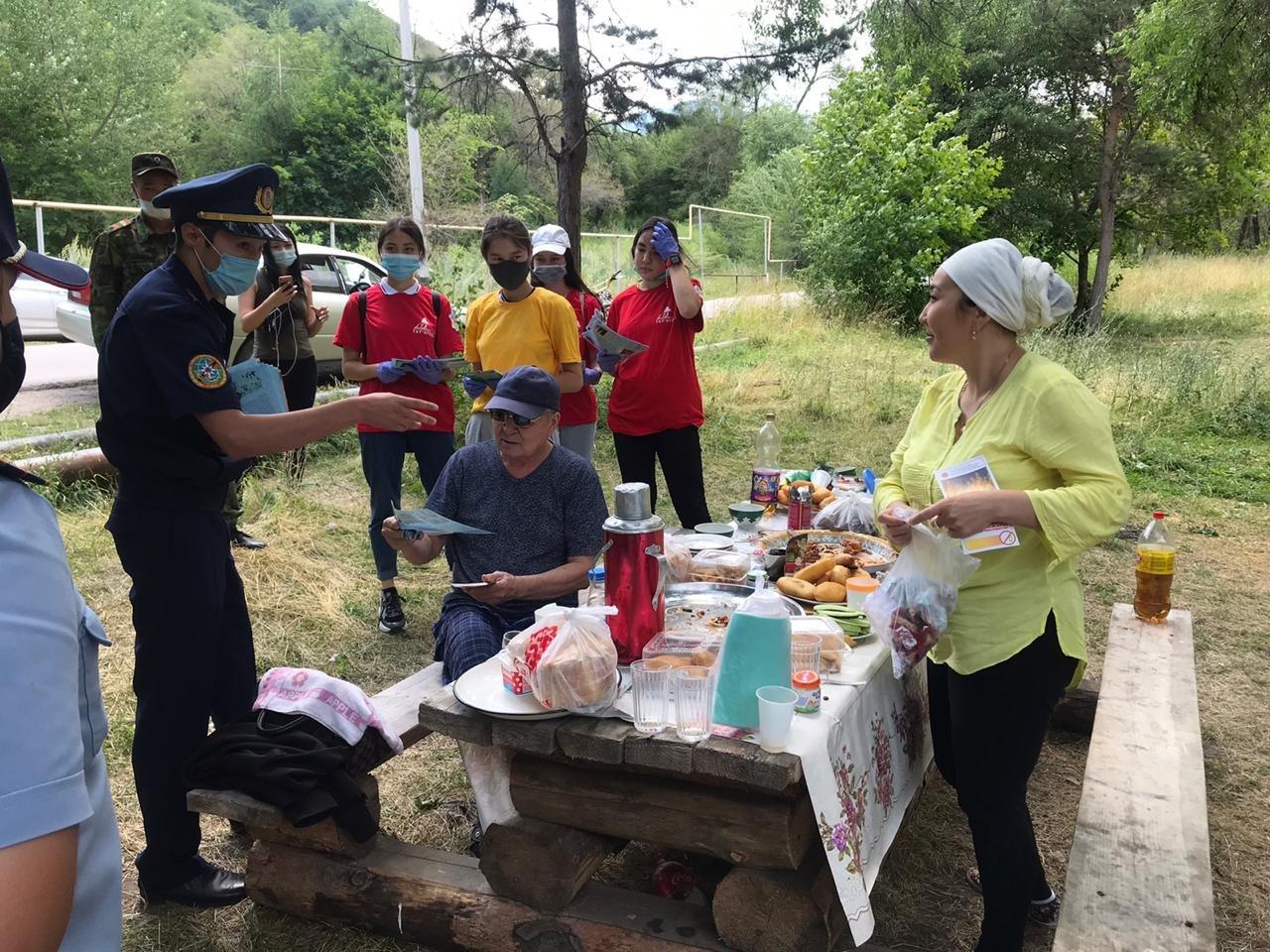 15 человек наказали за разжигание костров в природных парках Алматы за прошедшие выходные, фото-2