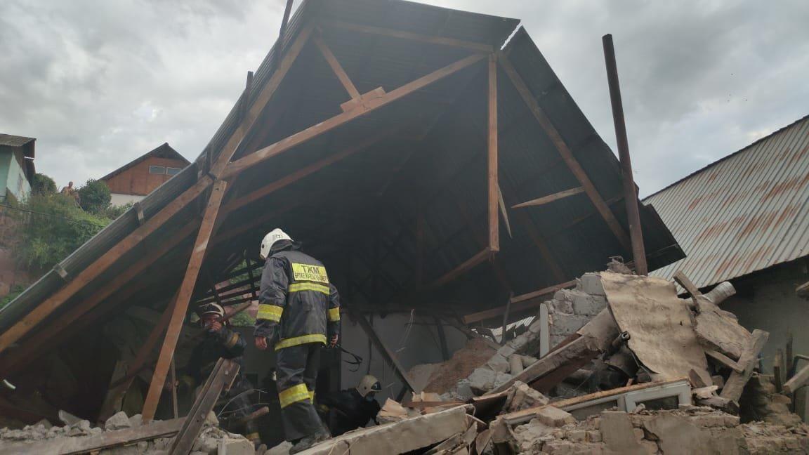 Хлопок газа обрушил частный дом в Алматы, фото-1