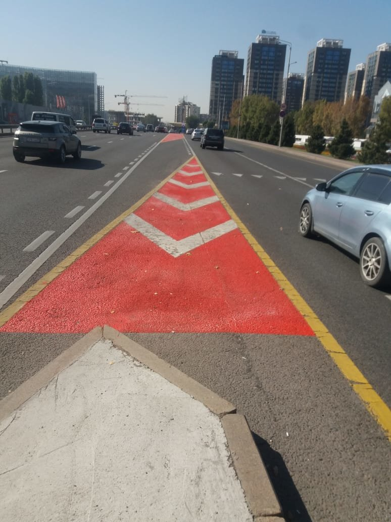 Островки безопасности на дорогах Алматы делают заметнее, фото-1, УГМ Алматы