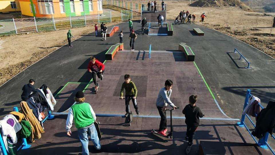 Скейт-парк открыли в микрорайоне Жас-Канат в Алматы, фото-1