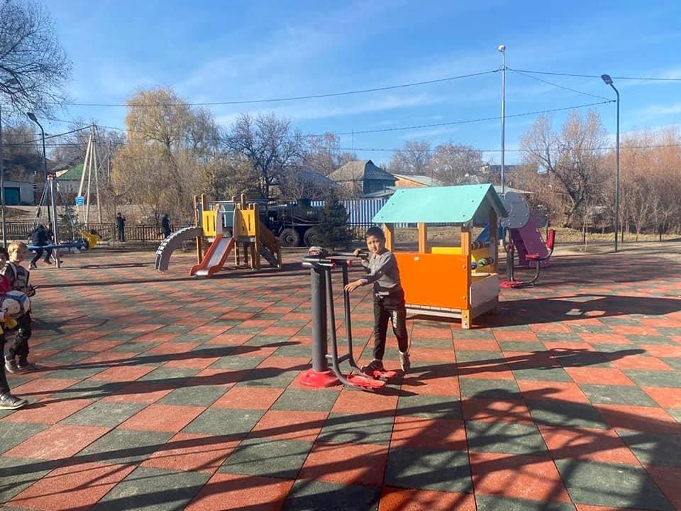 Детская площадка, Бахытжан Акжаров/Facebook