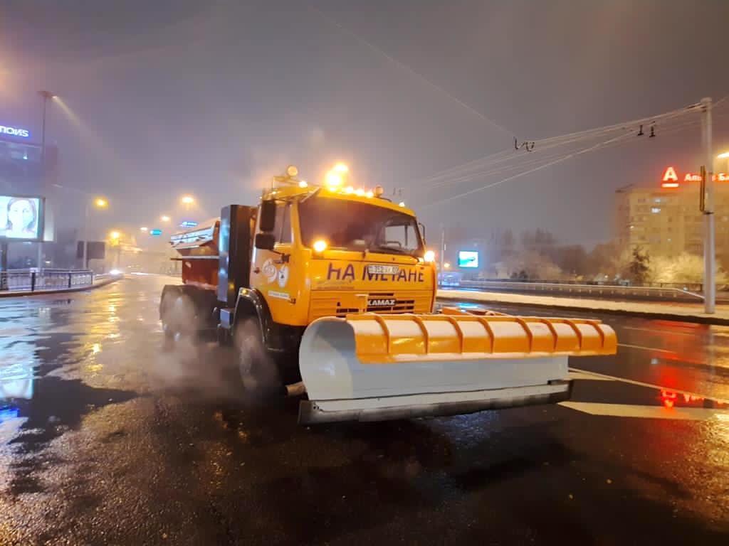 До семи сантиметров снега выпало в Алматы за ночь, фото-3, Акимат Алматы