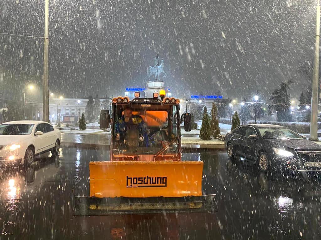 До семи сантиметров снега выпало в Алматы за ночь, фото-1, Акимат Алматы