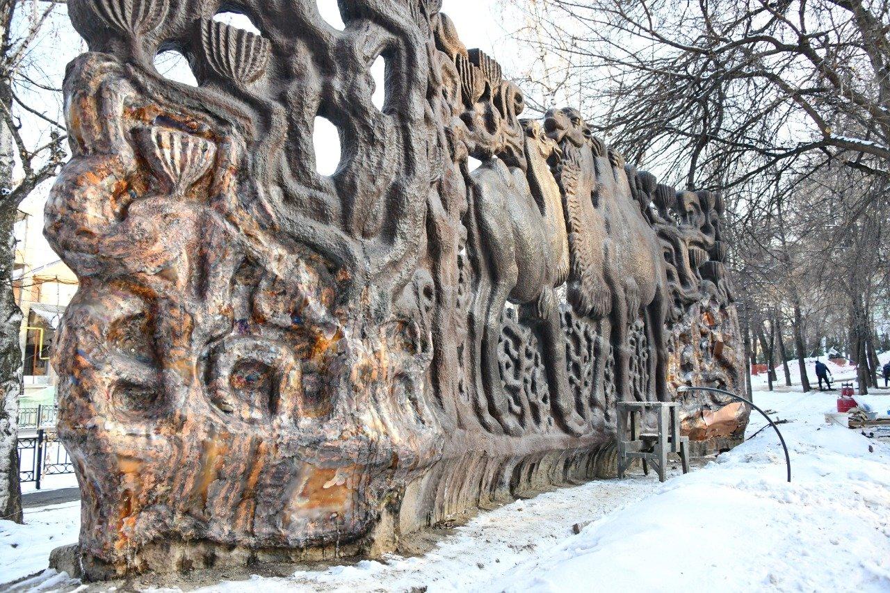 Советское панно «Верблюды» восстановят в сквере «Дружбы» в Алматы , фото-2