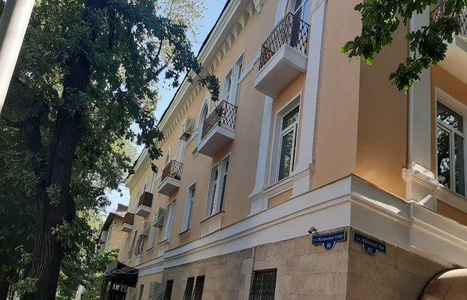 Ремонт фасадов жилых домов завершается в Алмалинском районе Алматы, фото-2, Акимат Алмалинского района