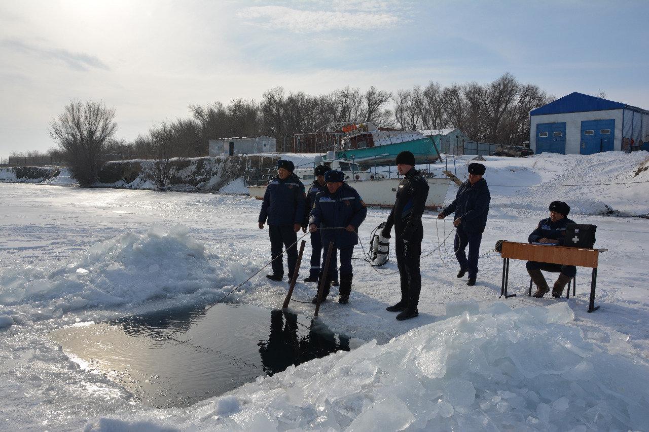 Как работают спасатели на заснеженных дорогах Алматинской области, фото-5