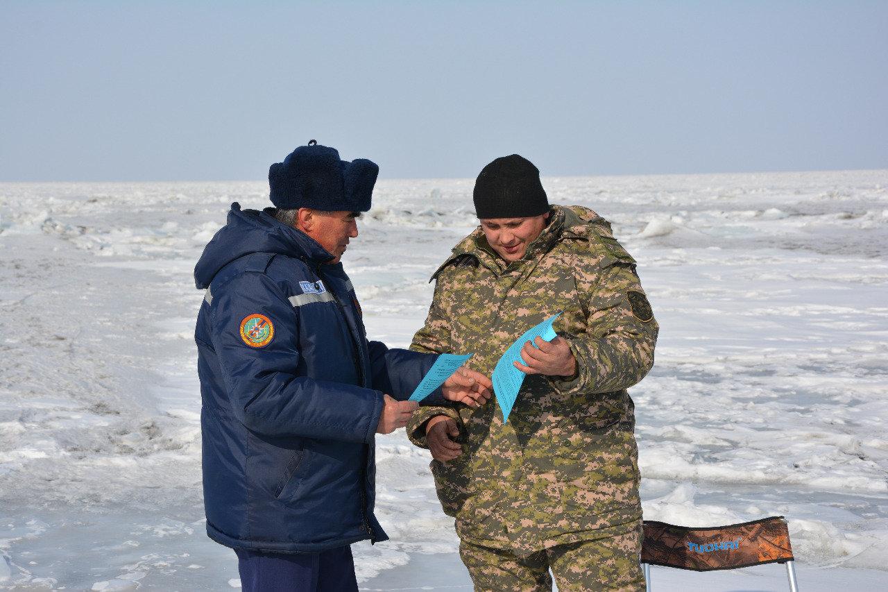 Как работают спасатели на заснеженных дорогах Алматинской области, фото-4