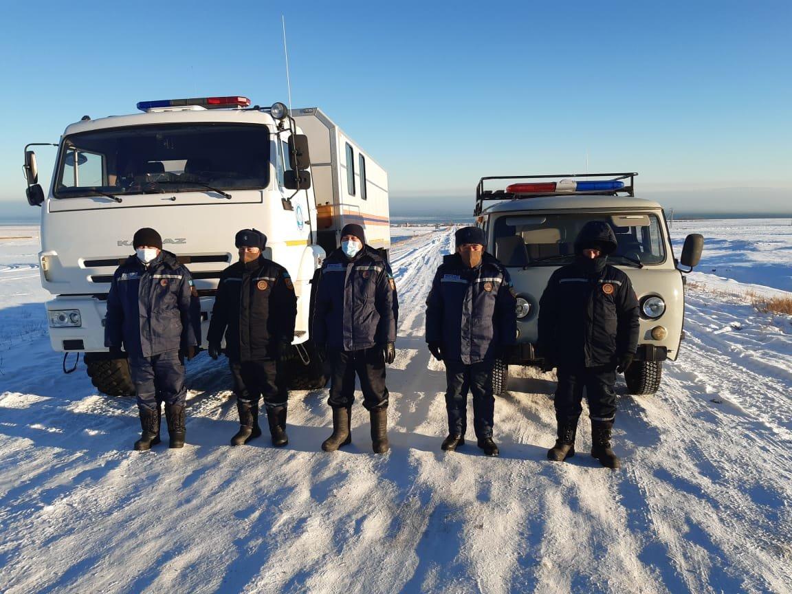 Как работают спасатели на заснеженных дорогах Алматинской области, фото-3