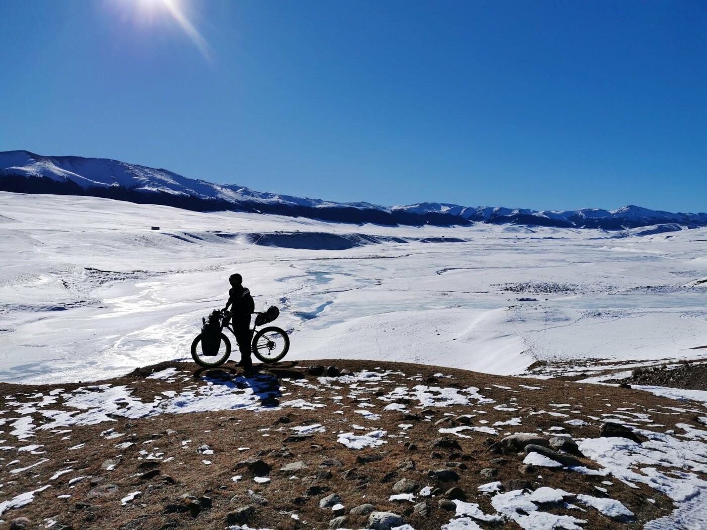 Алматинские велопутешественники проехали 127 километров зимой по горам Заилийского Алатау, фото-1