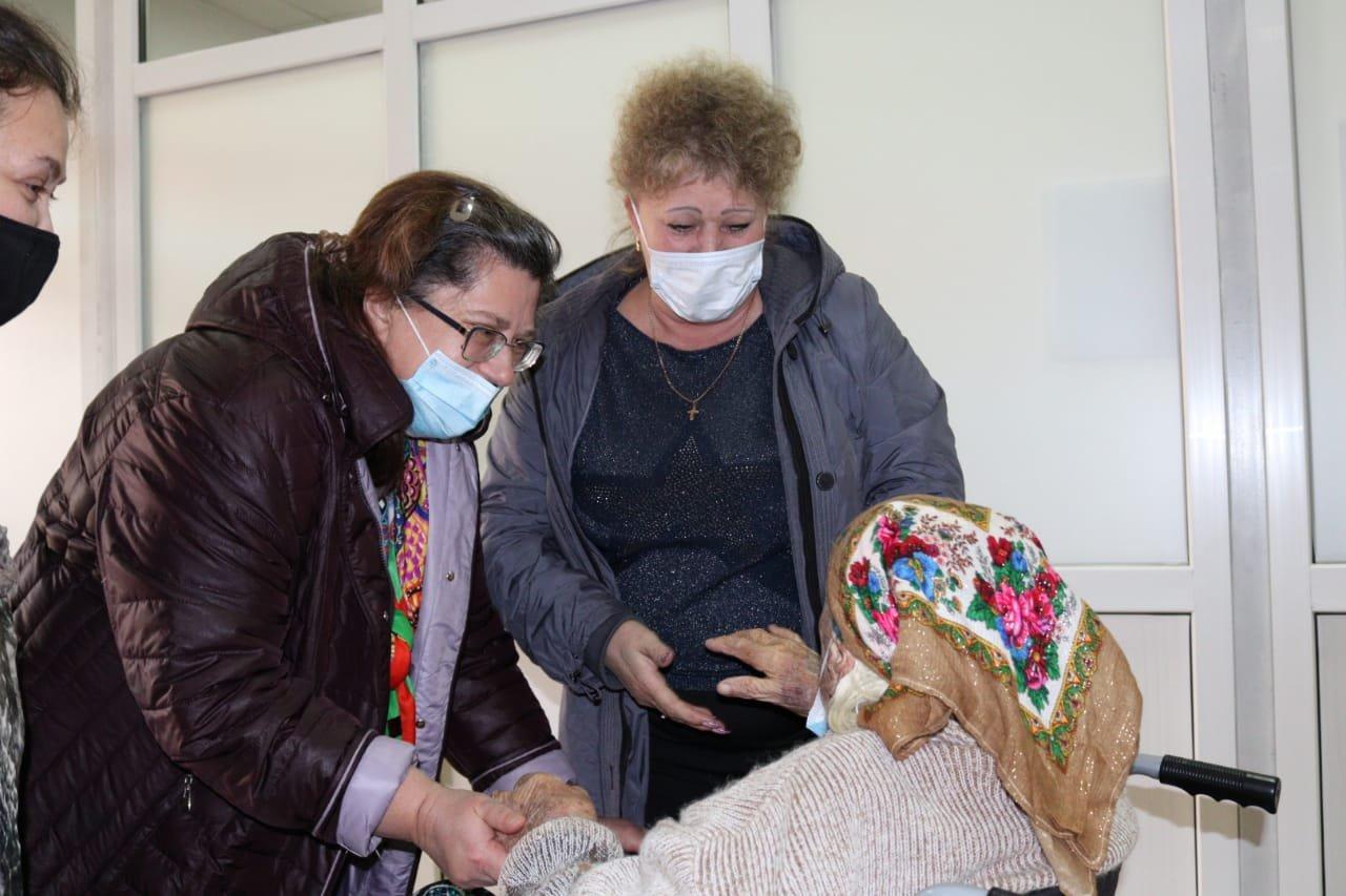 Столетнюю пенсионерку удачно прооперировали в Алматы, фото-2