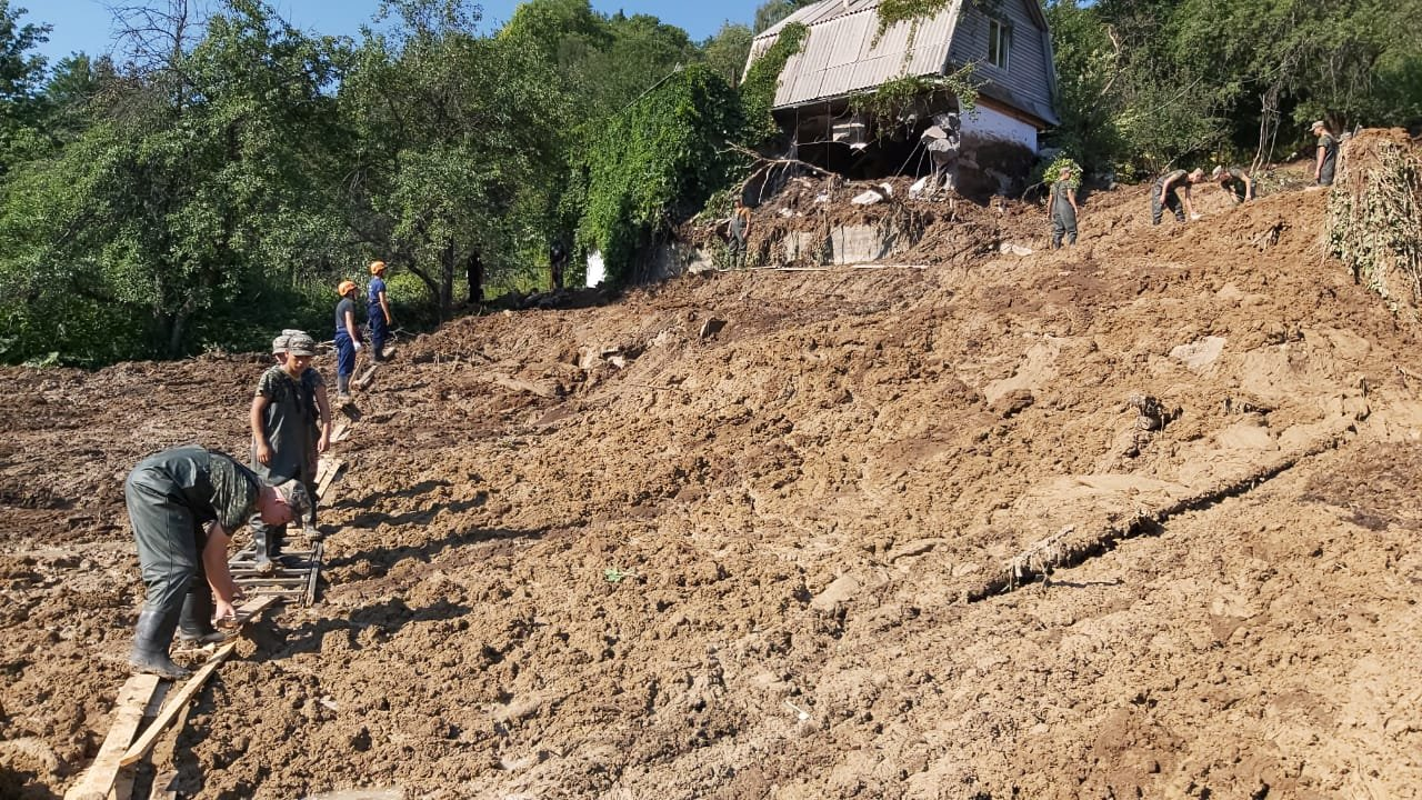 В Алматинской области произошел сход оползня, фото-1