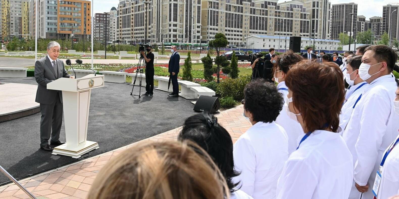 В Казахстане может появится звание «Заслуженный врач»